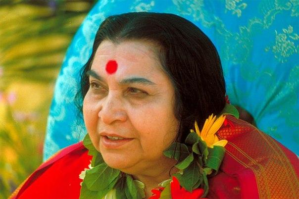 Шри Матаджи Нирмала Дэви – основатель и лидер тоталитарной секты «Сахаджа Йога».